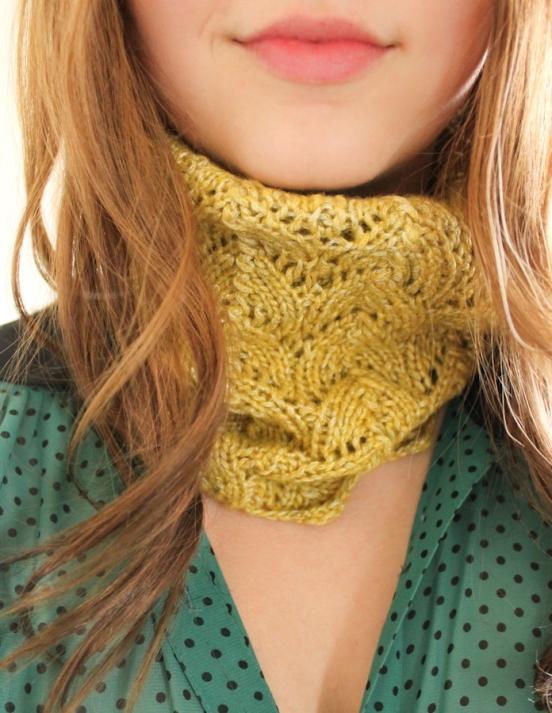 thread-bears-knit-cowl1