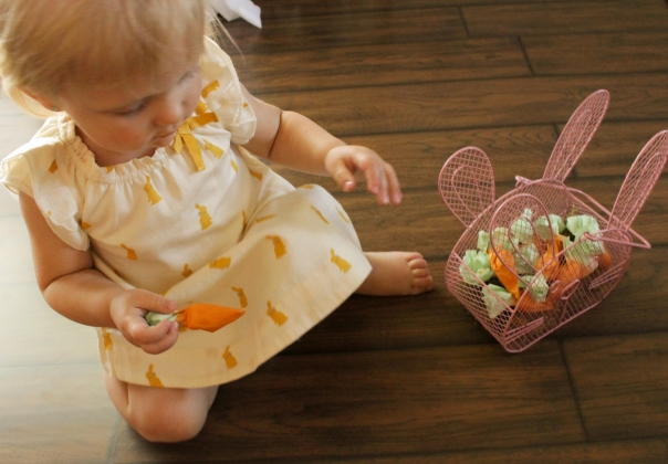 Thread Bears® Blog / He is risen! Coffee filter, carrot-shaped candy wrapper