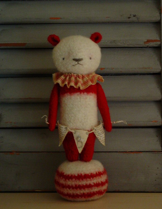 The Felted Bear PDF crochet pattern Thread Bears®