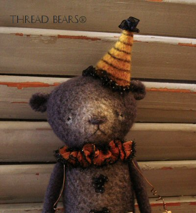 Thread Bears® black bear 5