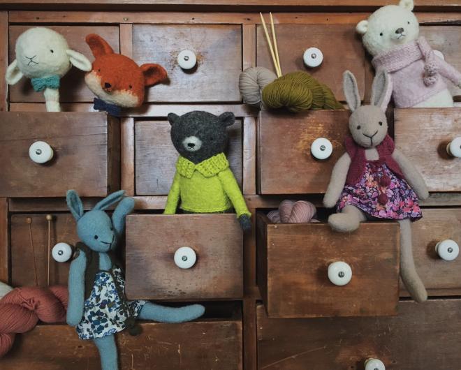 a wool gathering
